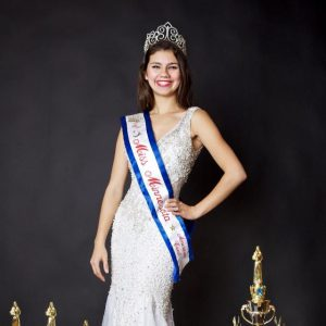 Miss Teen Minnesota Dare Van Waes