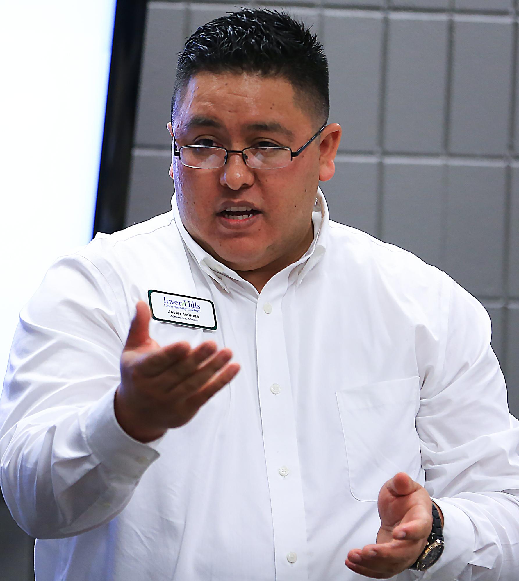Javier Salinas Vega