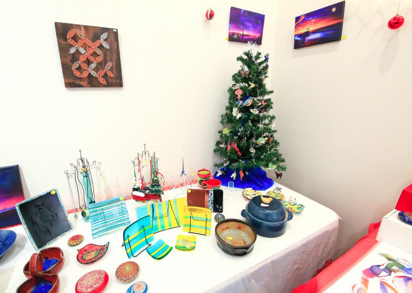Annual Holiday Arts & Crafts Sale 2018