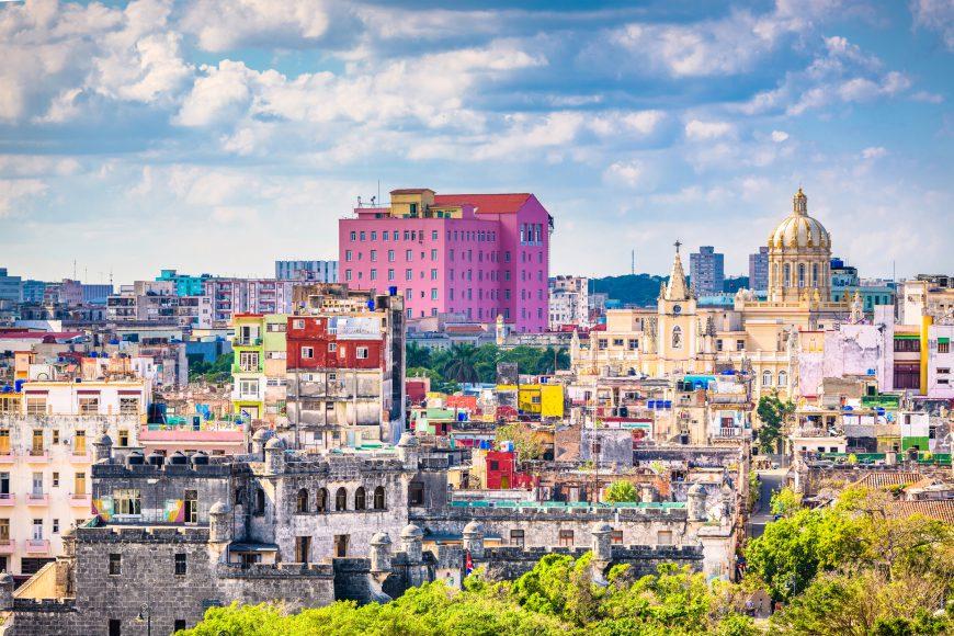 Vast majority of Cubans speak Spanish